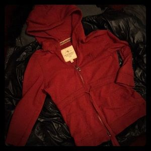 Abercrombie and Fitch 3/4 sleeve Holiday red hoody